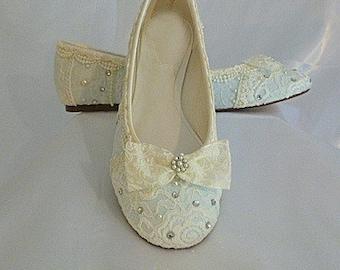 Something Blue Wedding Flats . Bridal Ballet Flat . Vintage Lace Wedding Shoes . Bridal Shoes . Lacy Flats. Custom Designs .
