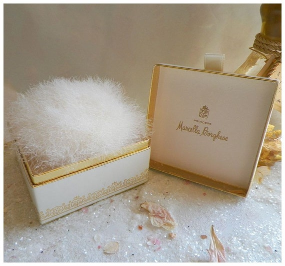 Stunning Vintage Princess Marcella Borghese Lustre Powder with Swans Down Puff -NOS