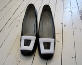 Vintage Leather Pilgrim Buckle Shoes Heels 7.5