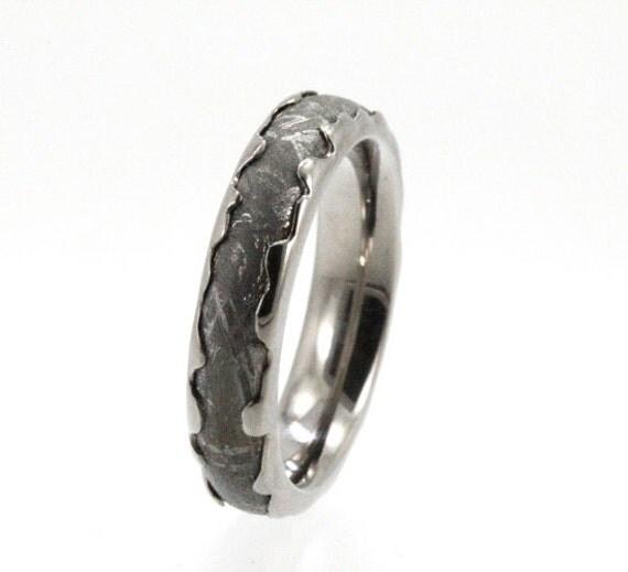 Meteorite Ring / Wavy Titanium Ring / 5 mm wide / Meteorite