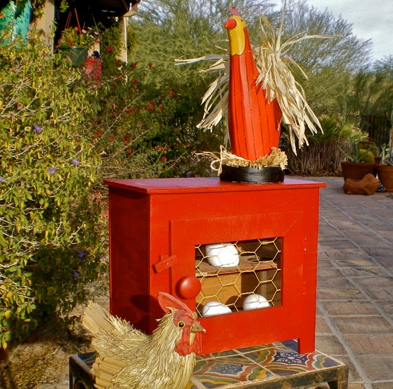 RED CHICKEN COOP Reserved for Irene Cardenas