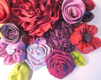 Individual ribbon flowers -- deluxe 24-piece mixed garden of roses, daisies, rosettes, flowers & leaves -- supply your imagination