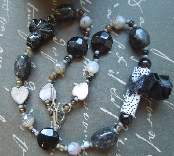 Black and White Fabric Bead Black Flower Necklace