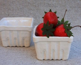 Berry Basket Bowl (1) in Stoneware with White Glaze - Made to Order