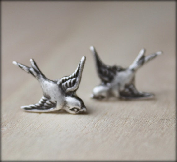 FREE SHIPPING. sparrow. silver. Stud Post Bird earrings.