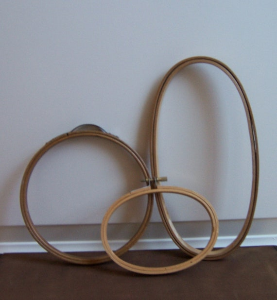 Vintage wood embroidery hoops by lovelyhuntedvintage on etsy