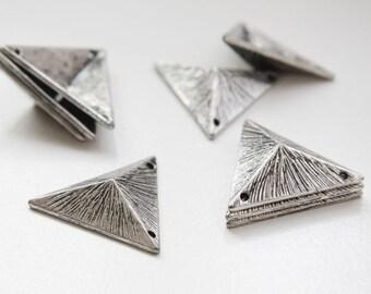 2pcs Oxidized Silver Tone Base Metal Pendant - Triangle 25x7mm (132C-Q-76) W