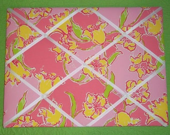 New Memo board mw Lilly Pulitzer Day Lilly Punch Pink fabric