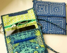 Tablet Tote Digital Sewing Pattern PDF - small purse ideal for carrying tablets, iPads, Kindles with decorative stitching