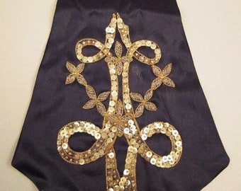 Vintage FICHU FLEUR Du Lis  Metallic Embroidery silver sequins clear glass beads handcrafted Italy  40x9