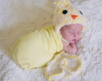 SALE Baby Hat, Yellow Chick Hat, Knit Newborn Hat, Baby Photo Prop, Newborn Photo Prop, Yellow Bird Baby Hat, Yellow Chick