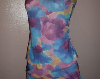 Cute 2 Piece Floral Multiple Colors Swim Suit Cover Up Size Small