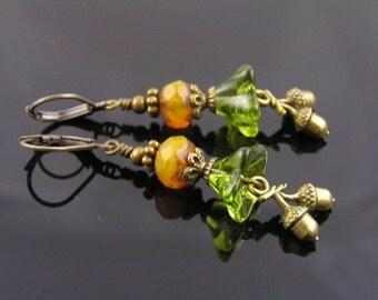 Bohemian Acorn Charm Earrings, Czech Flower Earrings, Acorn Jewelry, Acorn Earrings, Woodland Earrings, Czech Bead Earrings, E1579