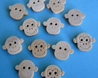 12 Pieces of Wood Monkey Button