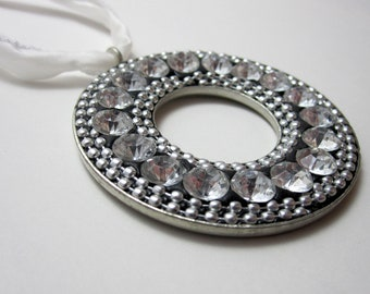 Silver and Rhinestone Necklace (323)