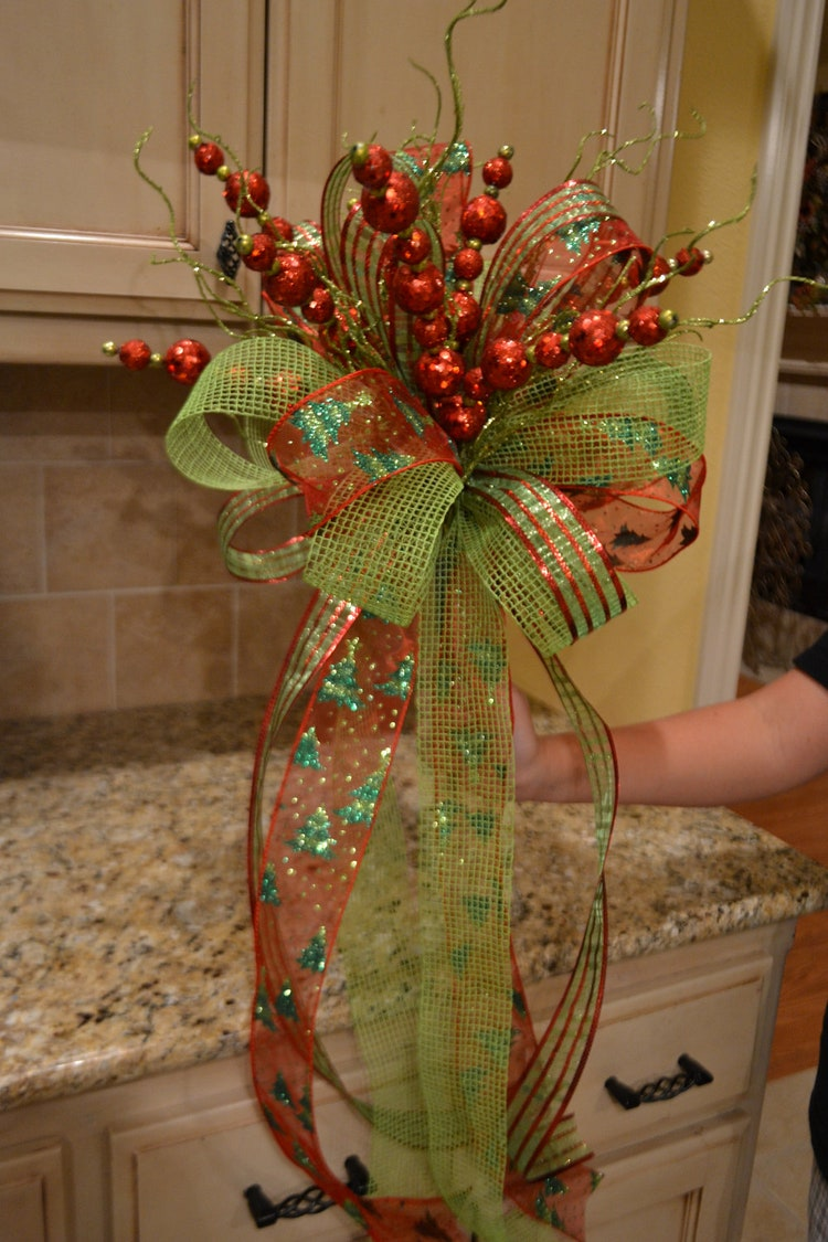 Lime Green And Red Ribbon Tree Topper By Kristenscreations
