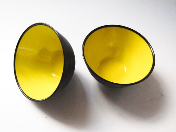 2 Mid-Century Modern San-Plast Cereal Bowls Made in Sweden RARE