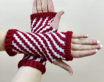Fingerless Gloves, Red and White Striped Arm Warmers, Candy Cane Stripes Hobo Wrist Warmers, Texting Gauntlets,  Fingerless Mittens