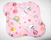 """8"""" Cloth panty liner with wings in skull fabric"""