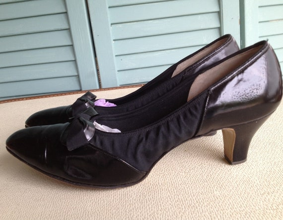 1950s Patent Leather Paradise Kittens Heels
