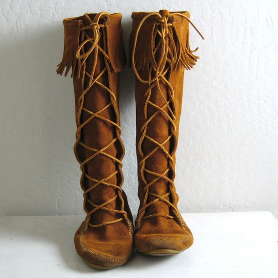 MINNETONKA TALL SUEDE lace up fringe moccasin boots 9