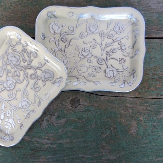 Social Supper Trays / 1940s Home Decor / Mini Party Trays / Silver Rose