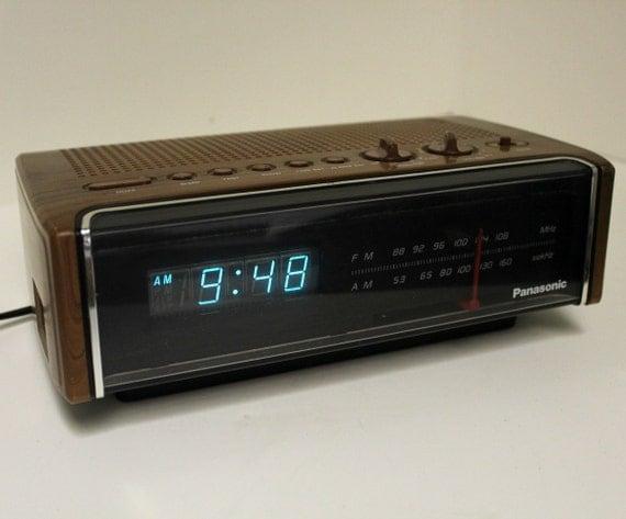 Vintage Panasonic Clock Radio RC-75 Blue Digital