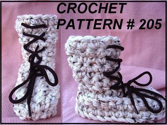 Slipper Crochet Pattern, num. 205.  Mukluks for all Ages, HANDMADE pattern,  baby, children, teens, men, women, adult, clothing  Unisex
