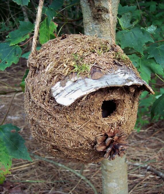 Birdhouse, bearpawrustics rustic woodland bird house