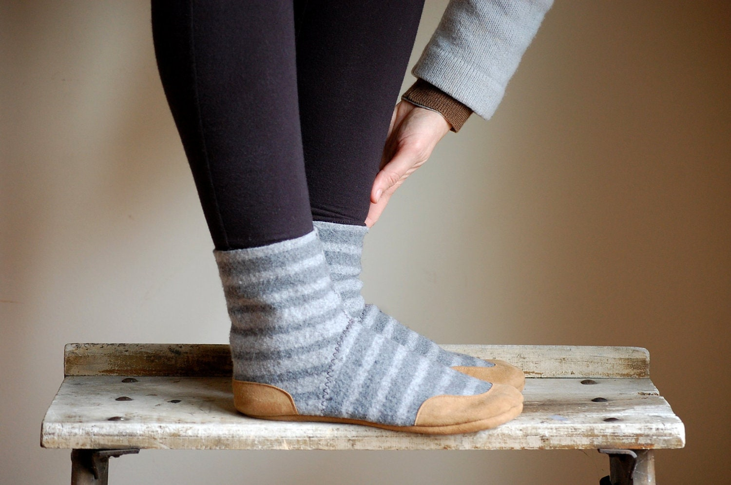 Find great deals on eBay for slipper socks leather. Shop with confidence.
