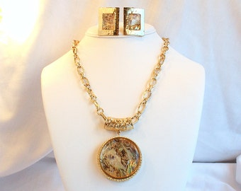 Vintage Abalone Medallion Pendant Necklace Earrings Set Chunky Gold Big Bold