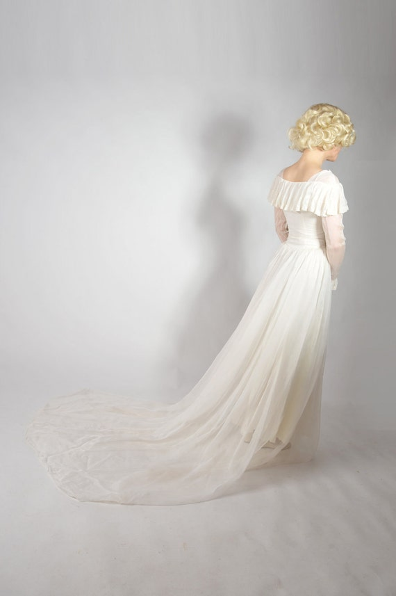 Vintage 1940s Wedding Dress // Wedding Mist Romantic Chiffon Early 40s Wedding Dress XS