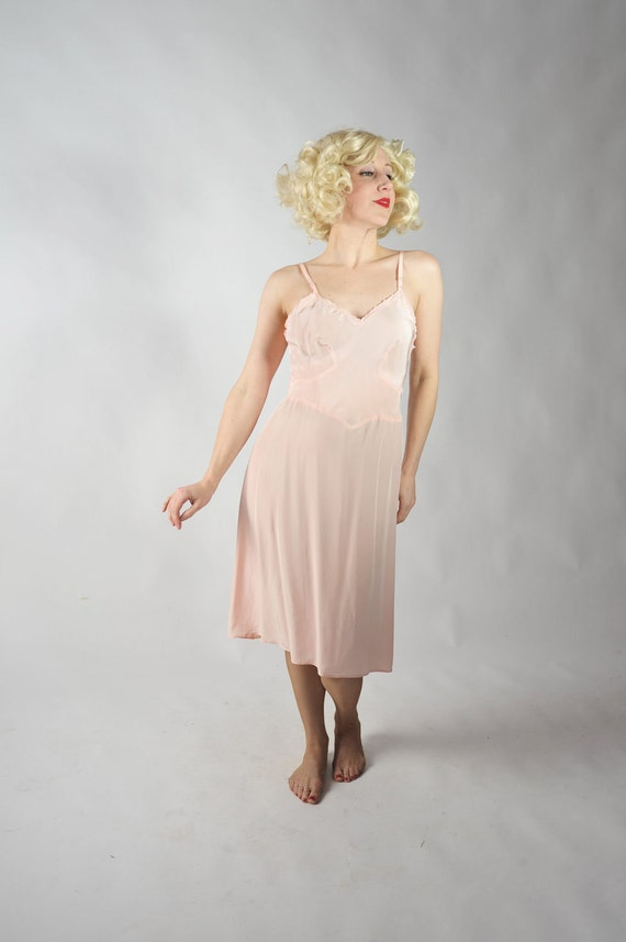 Vintage 1940s Slip // The Rose Bud Cold Rayon Bias Cut Slip by Textron