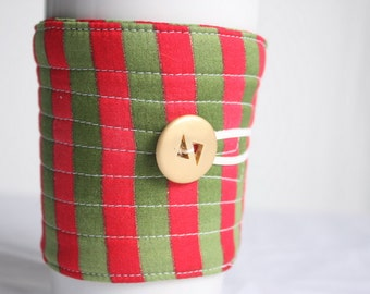Coffee cup sleeve / coffee cup cozy, quilted fabric eco friendly, Christmas: red and  green stripe