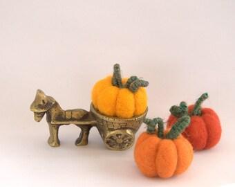 Felted Pumpkins set of  3 wool autumn fall table decorations Weddings handmade felt ornaments Halloween nursery gift Thanksgiving decor