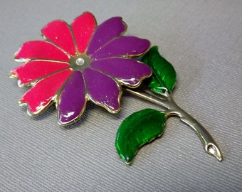 Vintage Daisy Flower Brooch Pin Pink Purple Costume Jewelry