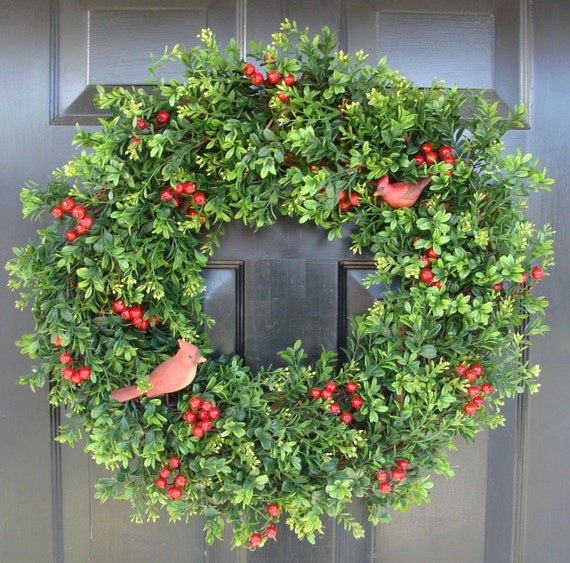 Red Cardinals Boxwood Wreath, Holiday Winter Wreath, Berry Winter Wreath, Winter Decor, Traditional Christmas, Boxwood Wreath