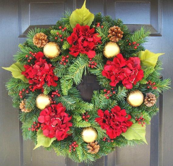 Holiday Gift, Christmas Wreath, Hydrangea Holiday Winter Door Wreath, Holiday Evergreen Wreath, Christmas Decoration, Door Wreath
