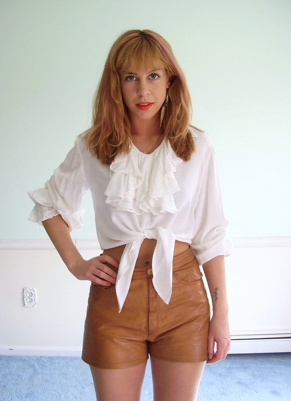La Muse Vintage White Long Sleeve Romantic Ruffled Cropped Tie Front Blouse S/M