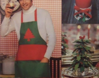 Christmas Apron, Pillows, Trees, Tablecloth Candles, Napkins and Placemats Vintage Butterick 5092 Craft Sewing Pattern