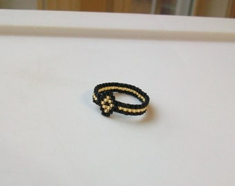 Black and Gold Diamond Beaded Band Ring - Size 8