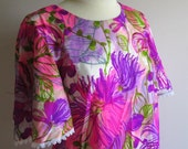 Vintage Hawaiian Dress Flutter Sleeve Magenta and Hot Pink Print M