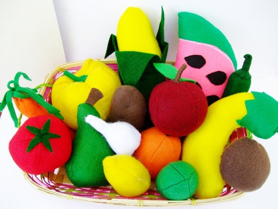 Felt Food, Fruits and veggies, Plush Food, 15 pieces, Toddlers, Pretend Food