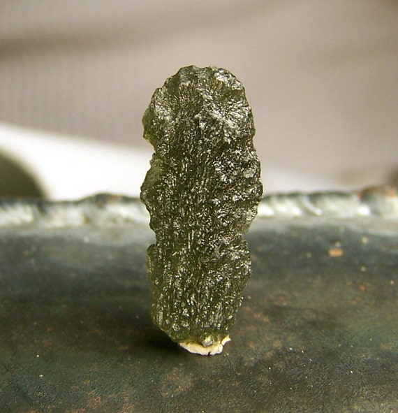 Moldavite - Crystal gem mineral specimen - wire wrap jewelry stone - Raw natural genuine - Meteorite - Tektite - Coyoterainbow