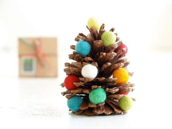 DIY Christmas Tree Kit, handmade Xmas Decoration, Waldorf Pine Cone and Felted Ball Tree - The Magic Onions Crafting Children