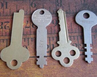 Vintage old keys- Steampunk - Altered art h77
