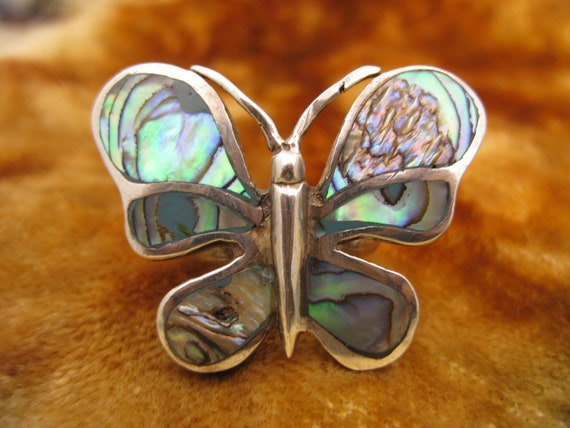 Reserved for Lee Ring - Size 5 1/2 - Sterling Silver - Abalone Shell - Large Butterfly - Rainbow Color - Animal Jewelry - Collectible