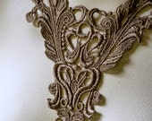 Lace Applique in Antique Gold Venise Lace for Jewelry or Costume Design, Garments CA 401