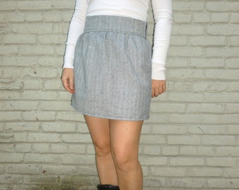 Short Wool Skirt with Gathers in Herring Bone Size L