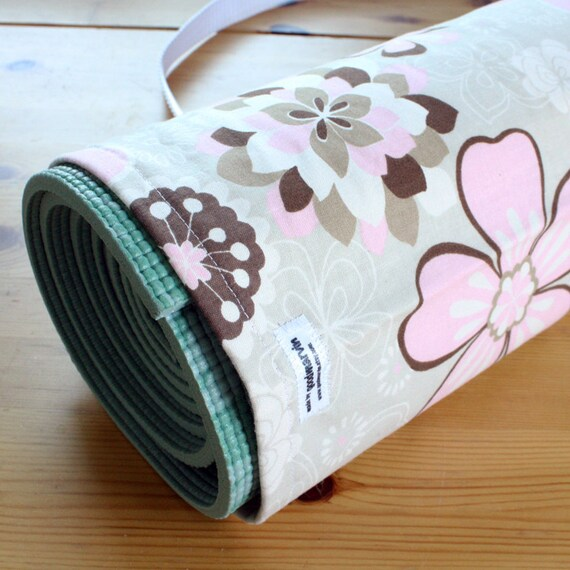 CLEARANCE SALE - 30% Off Handmade Yoga Bag Pilates Mat Bag - Beige and Pink Floral